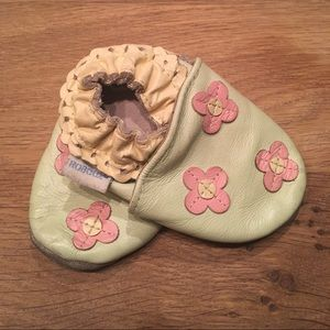 Sweet mint green Robeez leather crib shoes